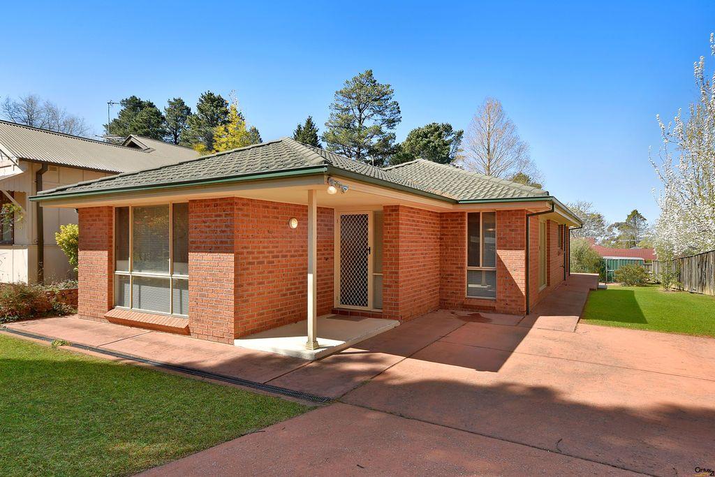 4 Pritchard St, Wentworth Falls NSW 2782, Image 0