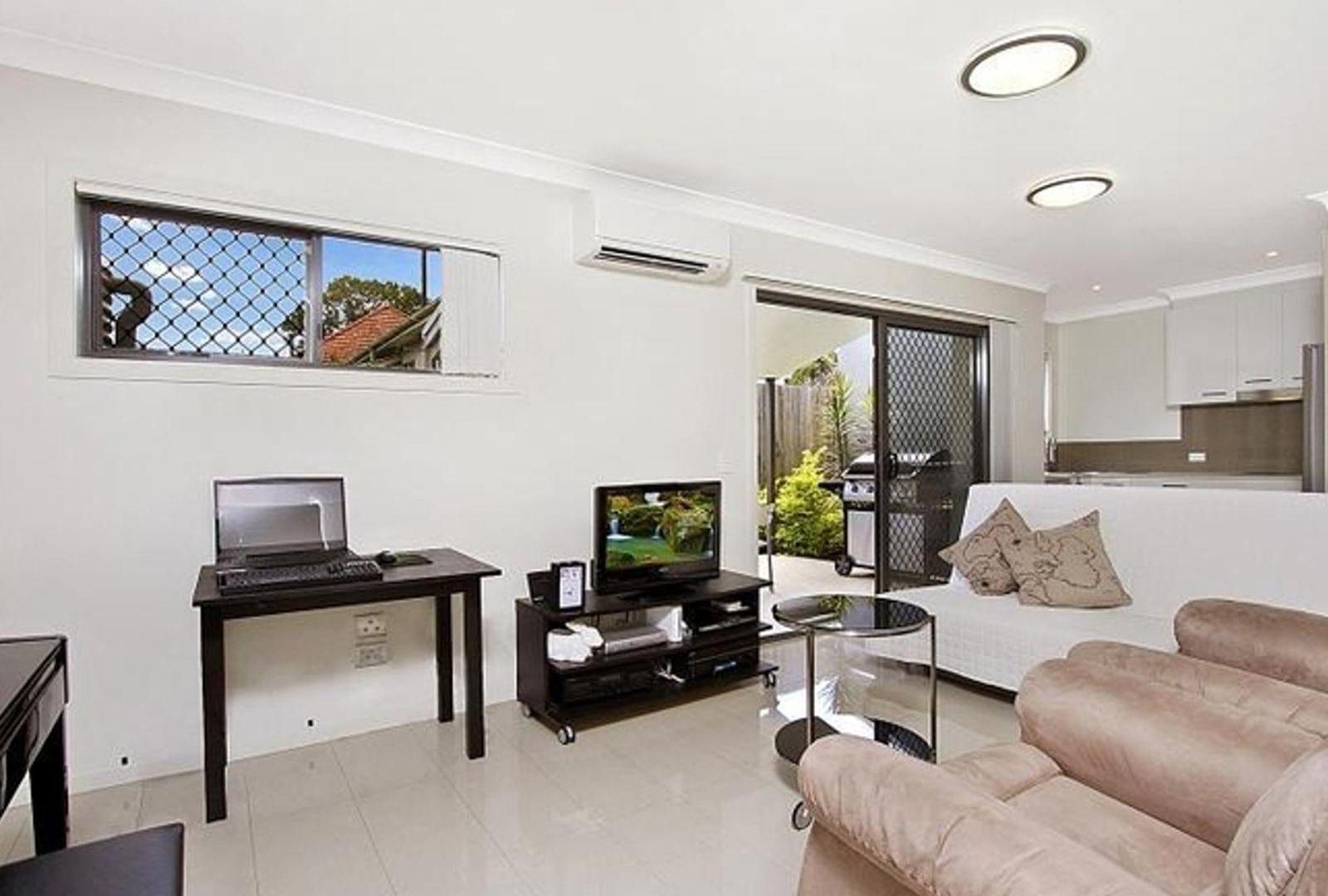 2/79 Kates Street, Morningside QLD 4170, Image 1