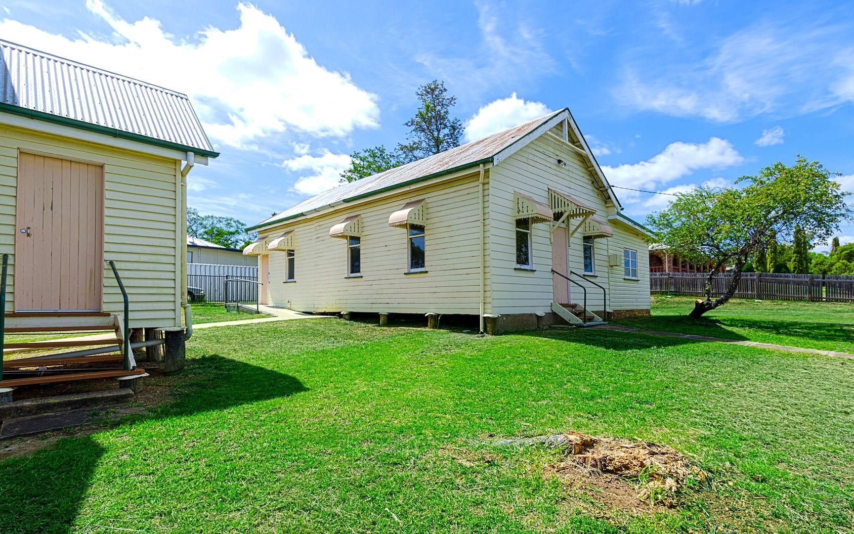 16 Braemar Street, Warwick QLD 4370, Image 2