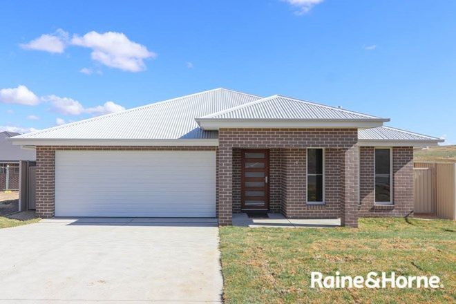 Picture of 4 Wheatfield Drive, KELSO NSW 2795