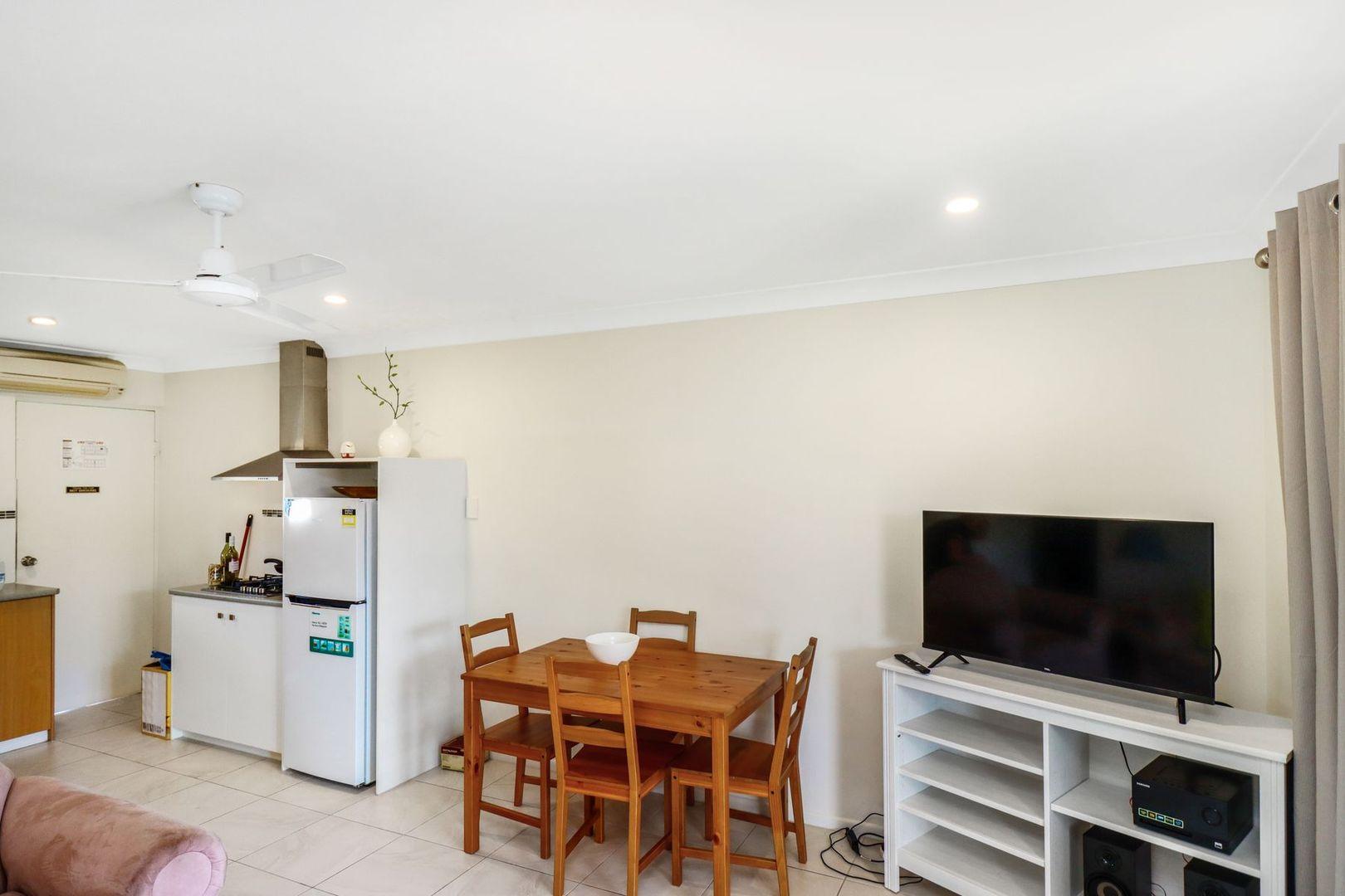 16/13-15 Ann Street, Torquay QLD 4655, Image 2