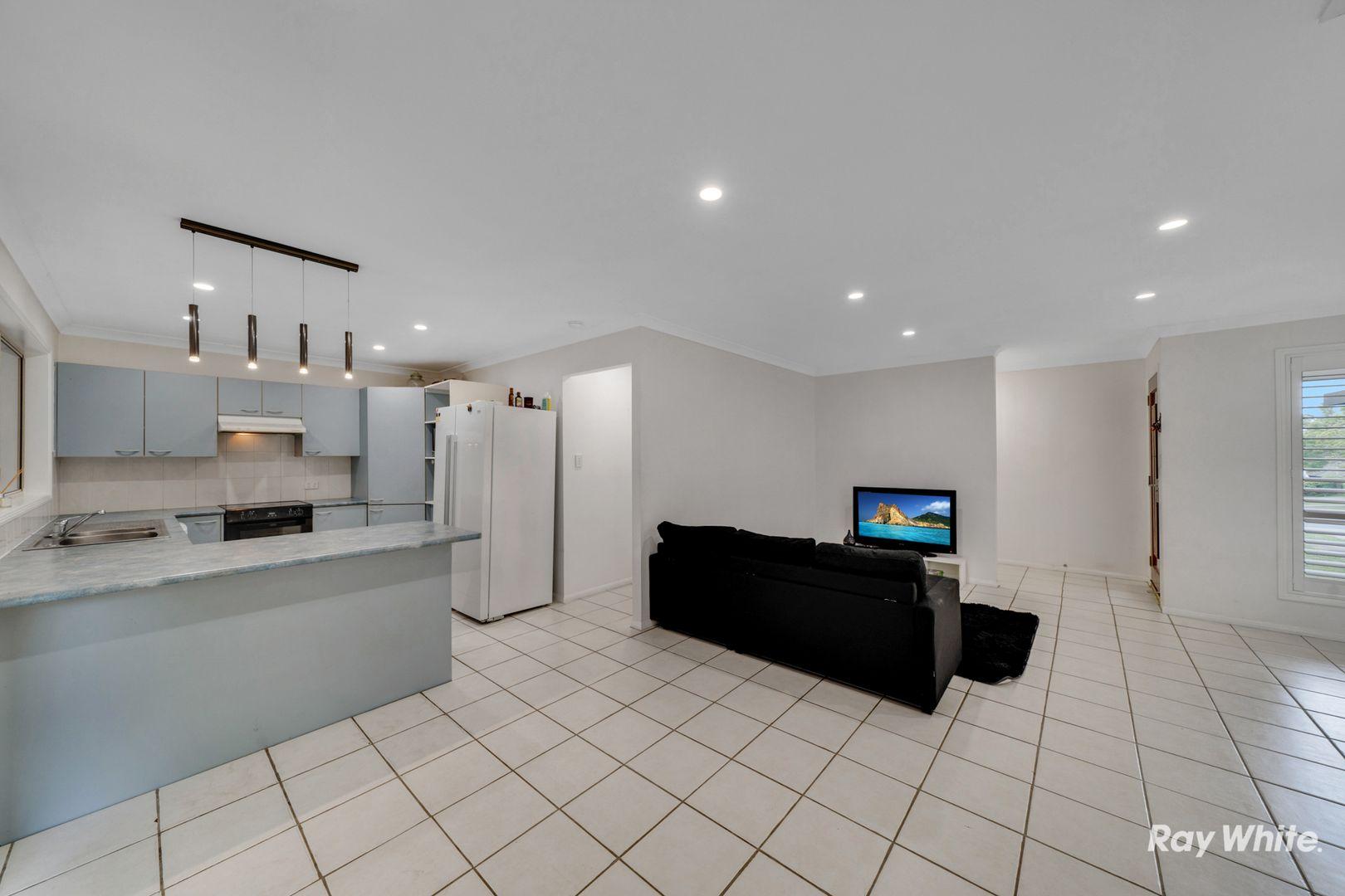 19 Sonorous Close, Regents Park QLD 4118, Image 1