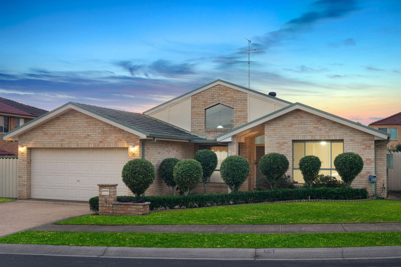 13 Silvertop Close, Glenwood NSW 2768, Image 0