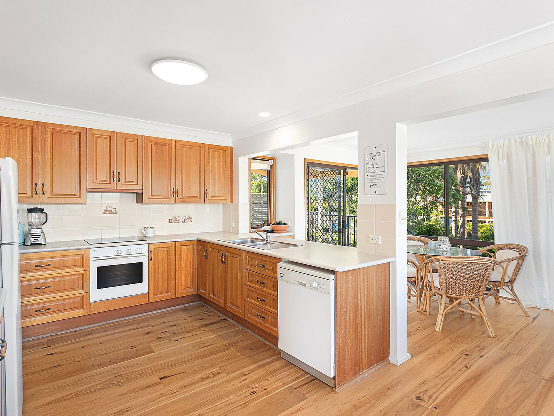 100 Carroll Avenue, Mollymook NSW 2539, Image 2
