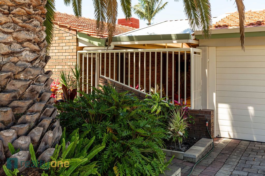 12 Castlereagh Close, Willetton WA 6155, Image 2
