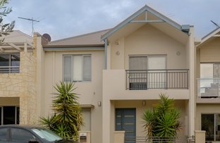 Picture of 31 Orient Circuit, Hillarys WA 6025