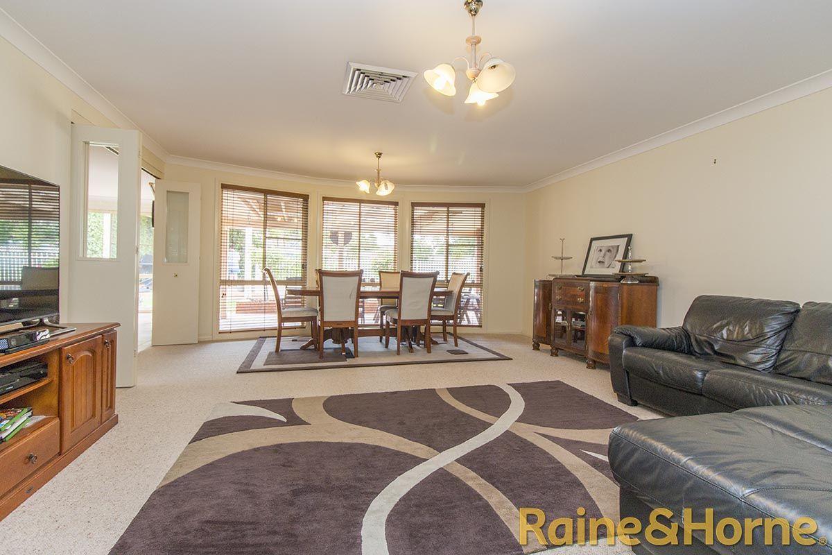 5 Glen Eagles Way, Dubbo NSW 2830, Image 1