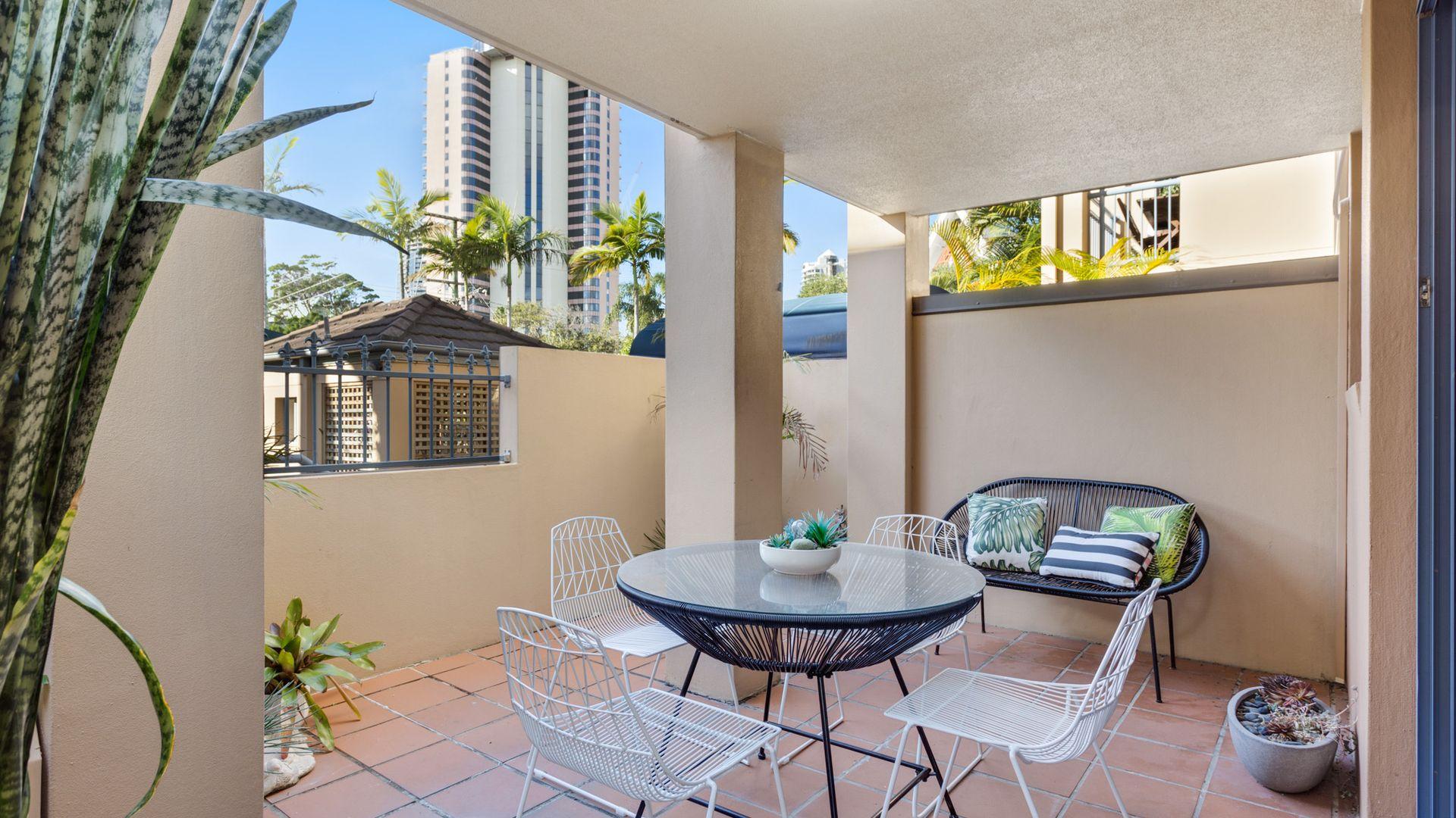5/4 Monte Carlo Avenue, Surfers Paradise QLD 4217, Image 2