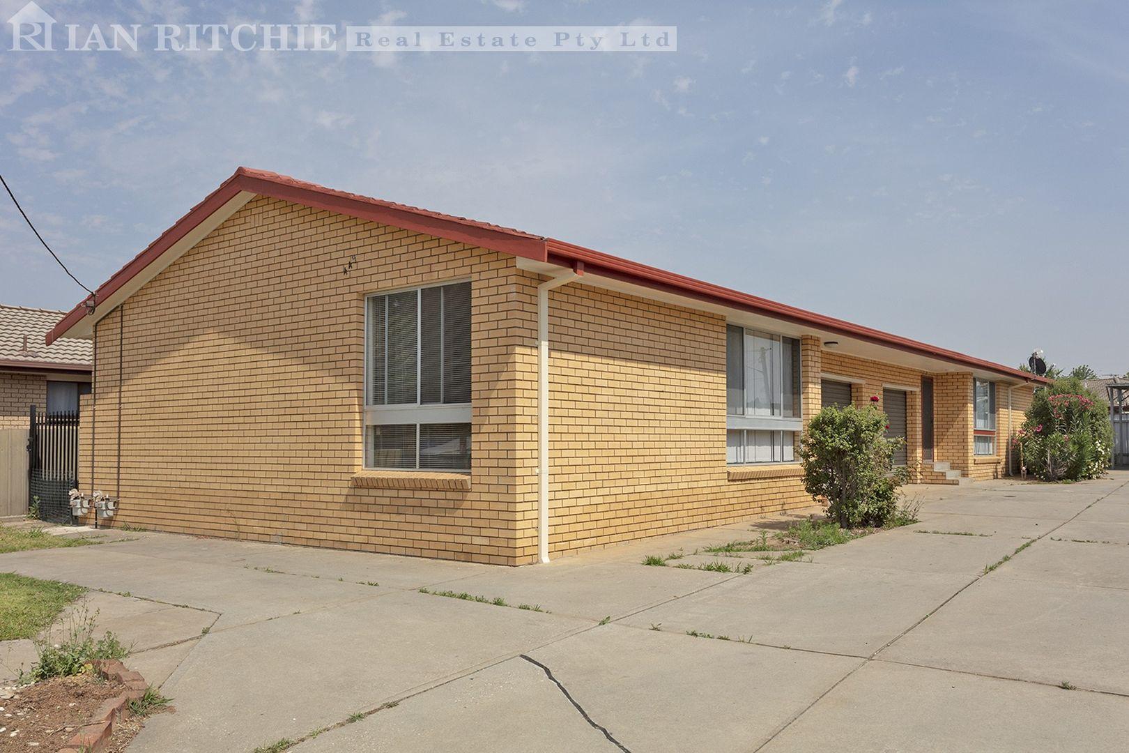 1 & 2/449 Griffith Road, Lavington NSW 2641, Image 0