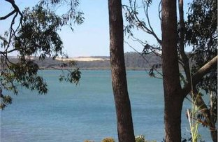 12 Tina Avenue, Lamb Island QLD 4184