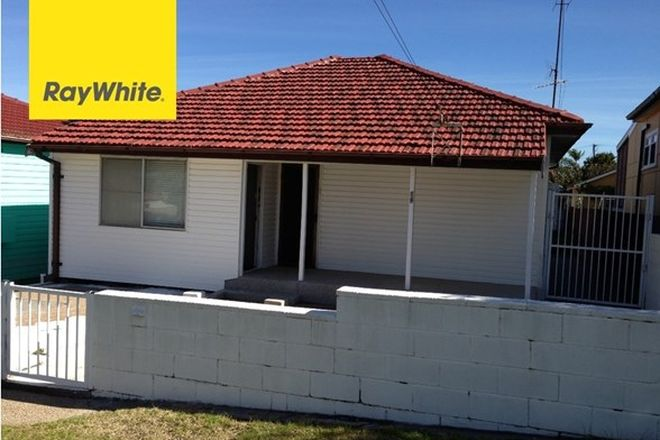 Picture of 19 Third Avenue, WARRAWONG NSW 2502