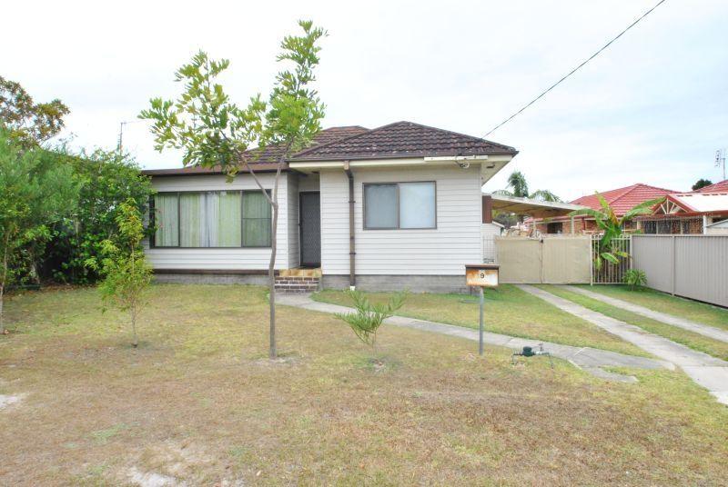 19 Fravent Street, Toukley NSW 2263, Image 0