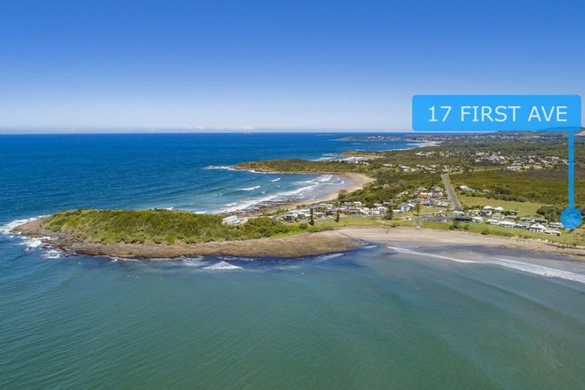 Picture of 17 First Avenue, ARRAWARRA HEADLAND NSW 2456