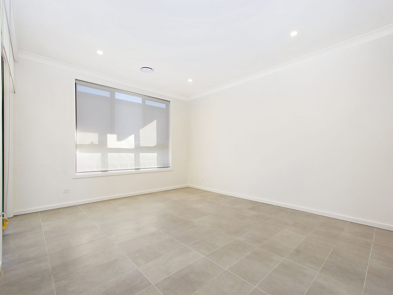 90 Watkin Crescent, Marsden Park NSW 2765, Image 2
