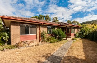 Picture of 10 Twenty First Street, Eildon VIC 3713