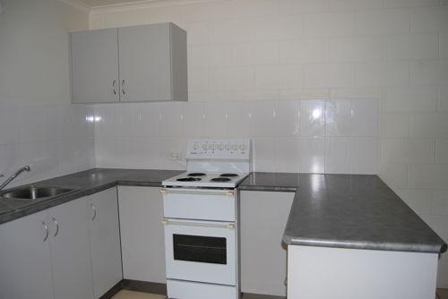37 East Gordon St, Mackay QLD 4740, Image 2