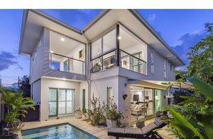 Picture of 2/8 Nannygai Street, Noosaville QLD 4566