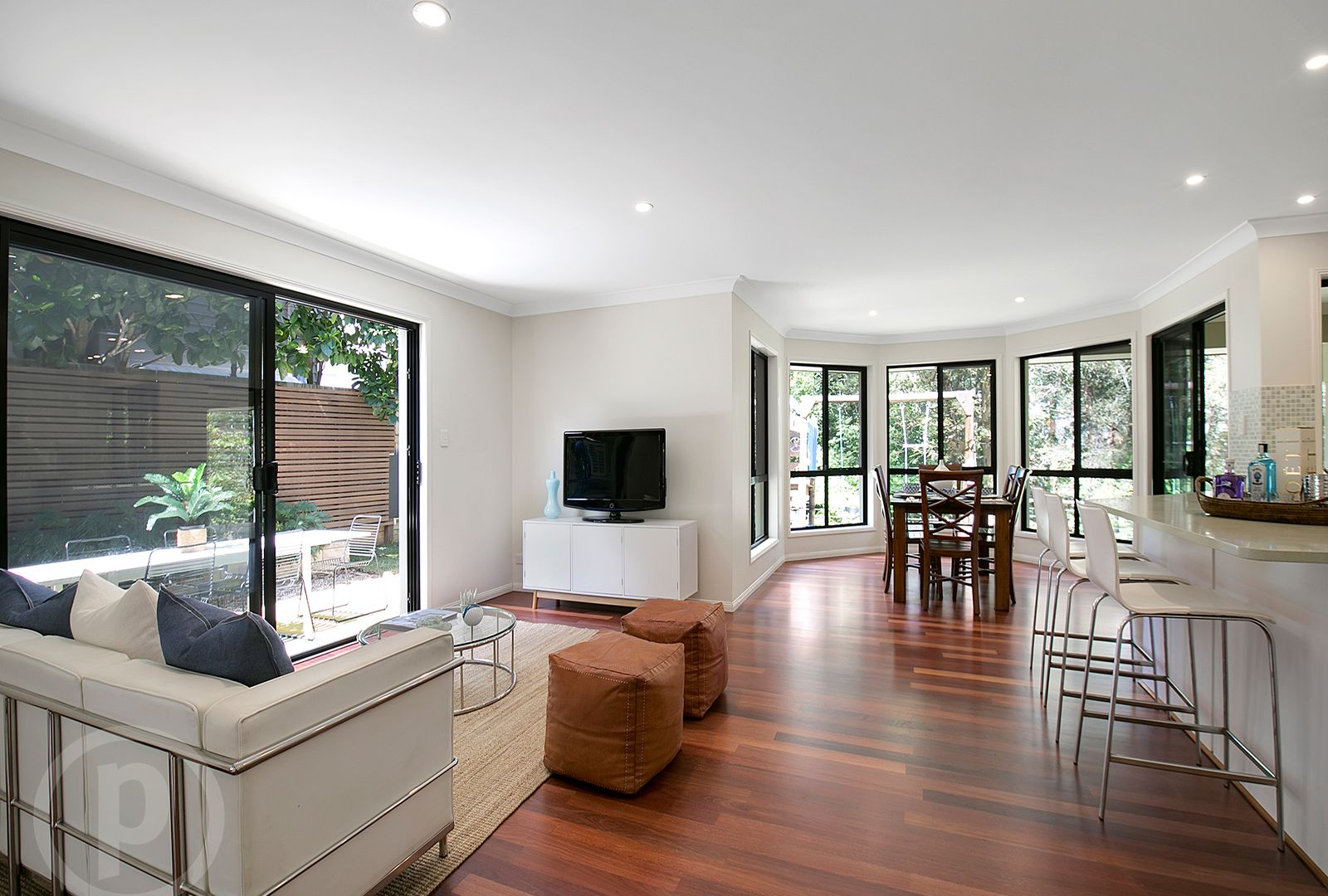 5 Amberelle Place, Chapel Hill QLD 4069, Image 2