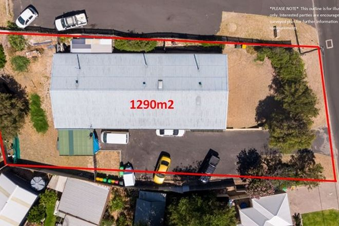 Picture of 5 Pendal Street, SOUTH BUNBURY WA 6230