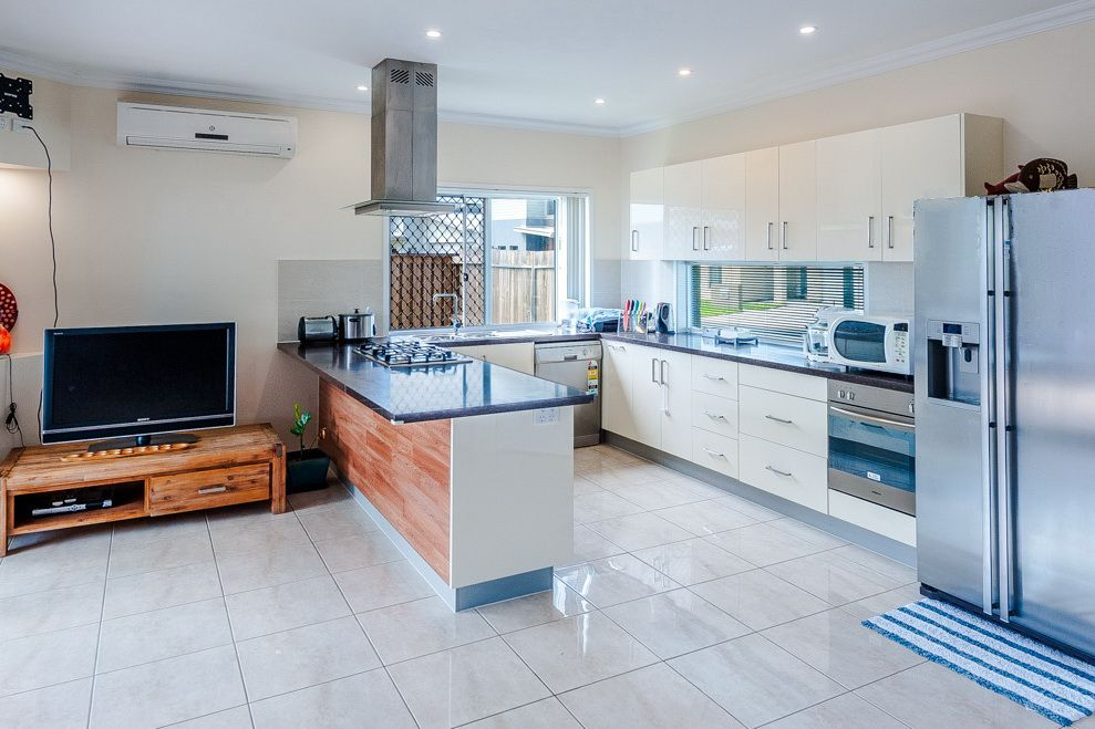 11 Peppertree Circuit, Maroochydore QLD 4558, Image 2