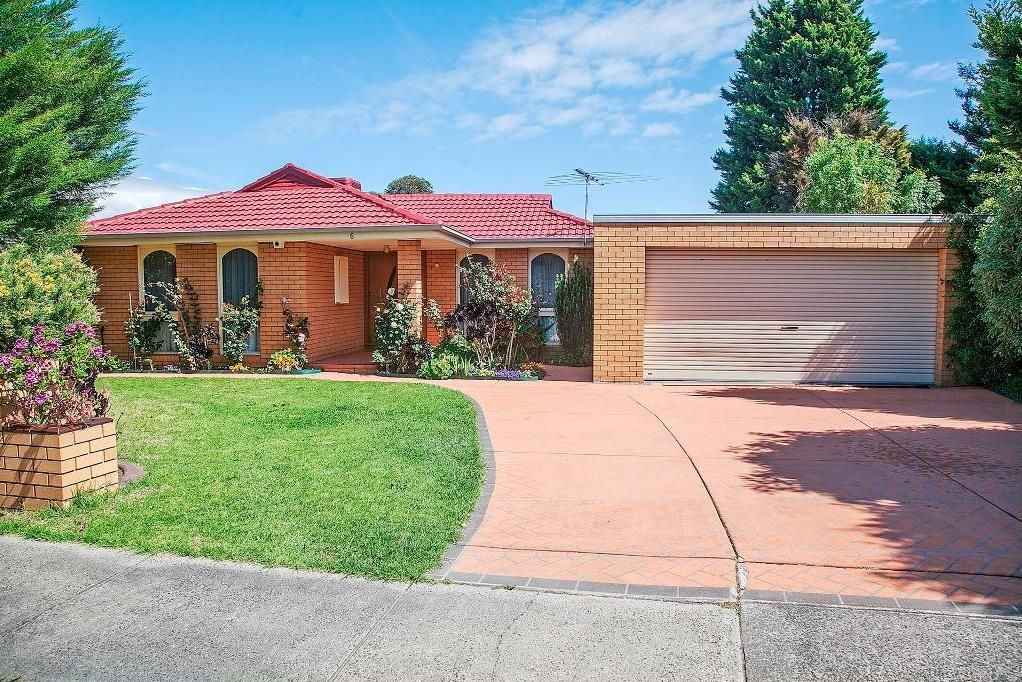 6 Primrose Hill Close, Endeavour Hills VIC 3802, Image 0