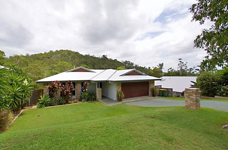 35 Castlereagh Close, Pacific Pines QLD 4211, Image 0