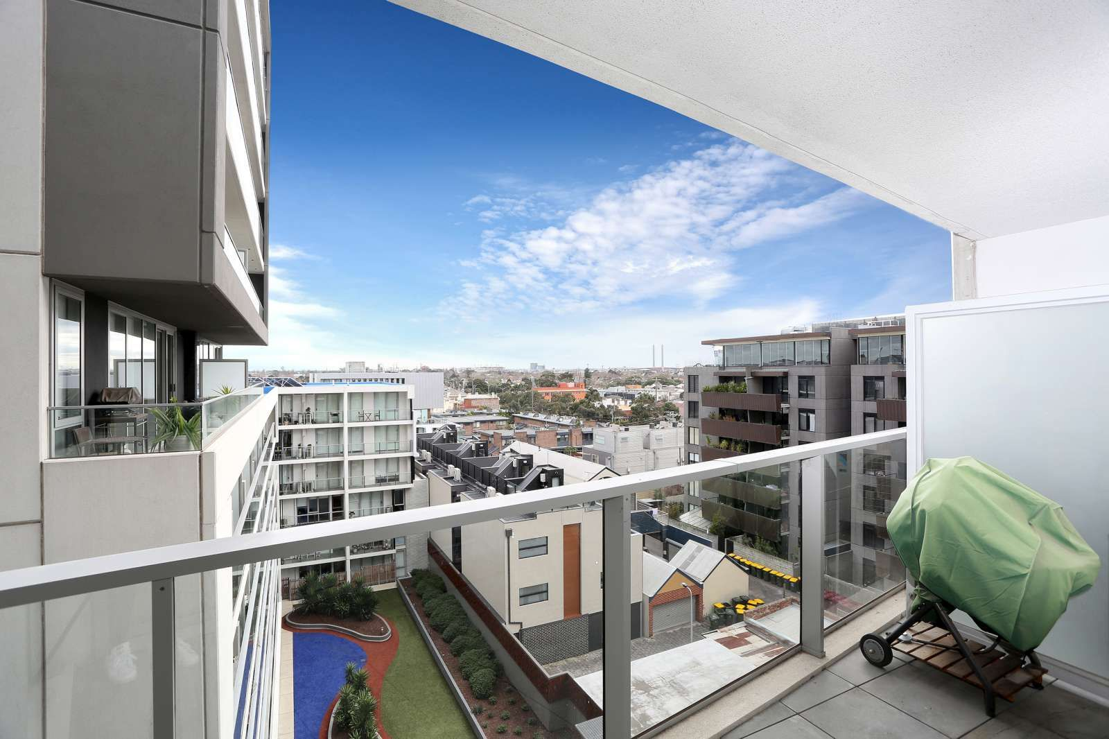 605/101 Bay Street, Port Melbourne VIC 3207, Image 2