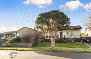 21 & 23 Hickory Crescent, Frankston North VIC 3200