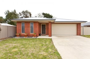 84 Cornwall Avenue, Hamilton Valley NSW 2641