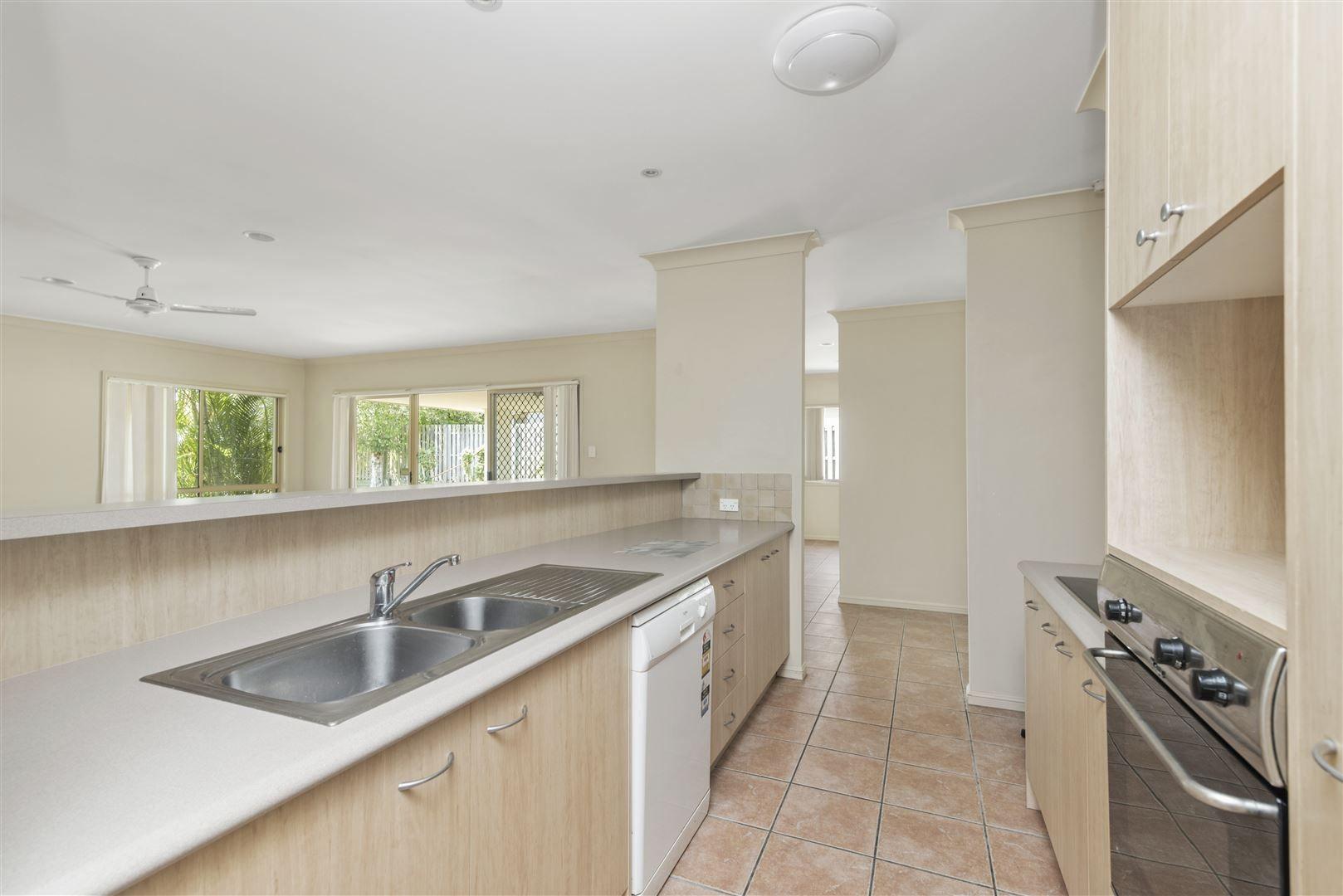 81 River Meadows Drive, Upper Coomera QLD 4209, Image 2