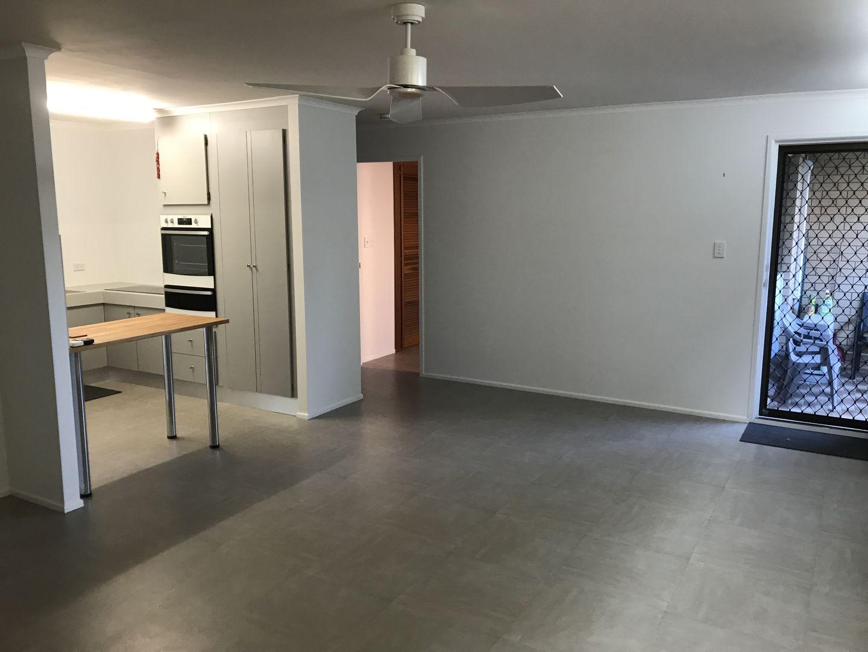 3/8 Moore Street, MacKay QLD 4740, Image 1