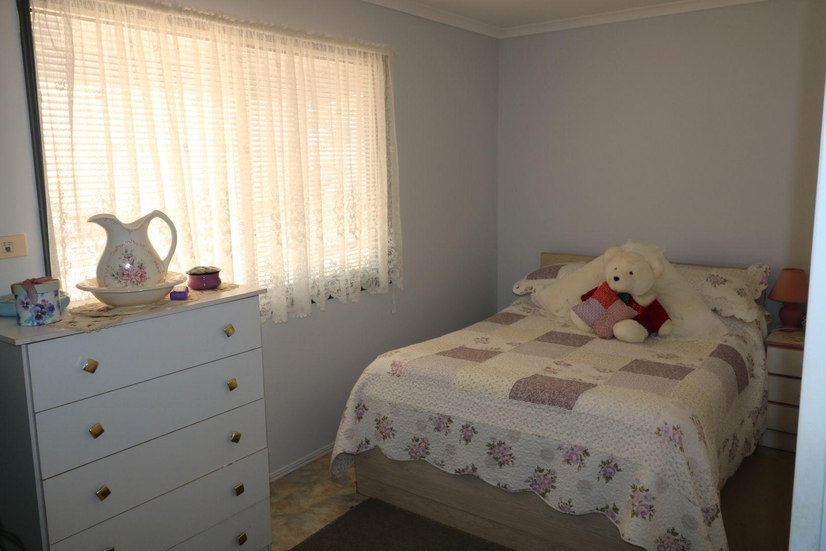 4 Leonard  Court, Cordalba QLD 4660, Image 1