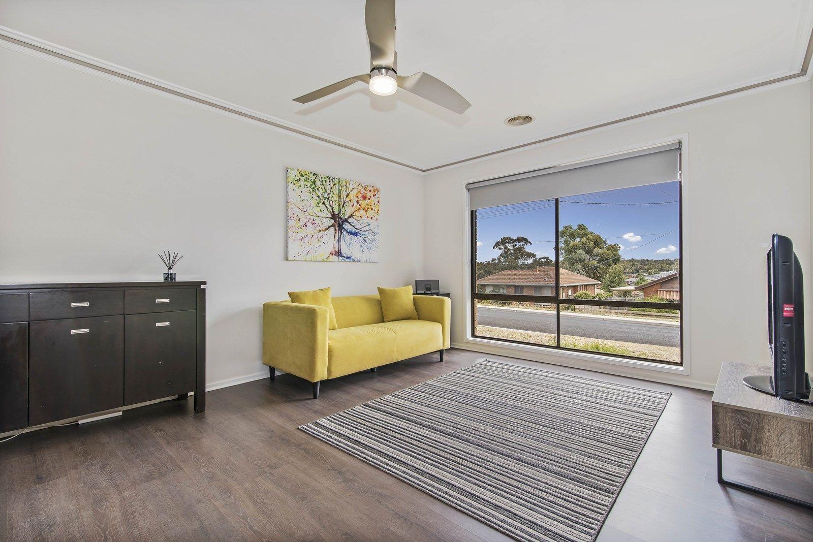 86 Browning Street, Kangaroo Flat VIC 3555, Image 2