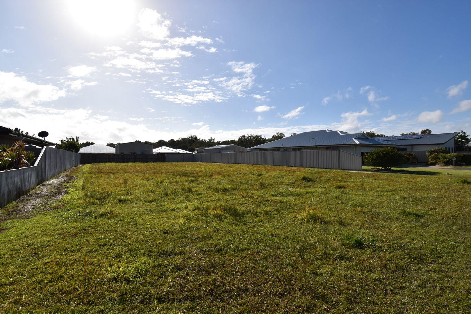 13 Kanimbla Avenue, Cooloola Cove QLD 4580, Image 0