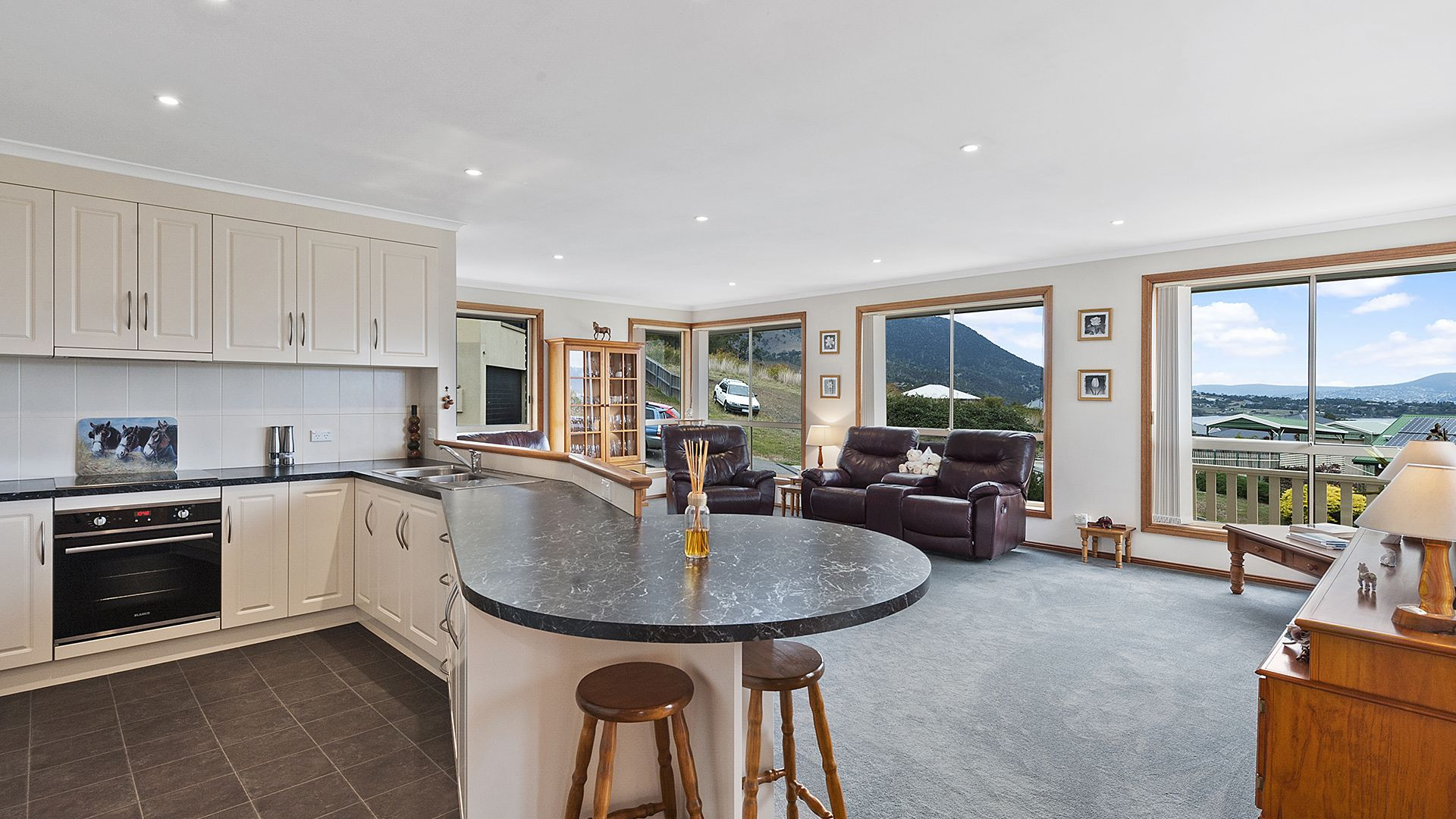2 Tandara Court, Old Beach TAS 7017, Image 2