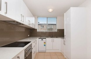 Picture of 1/75 Jellicoe Street, Coorparoo QLD 4151