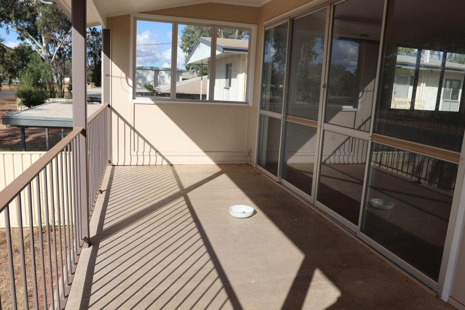 12 Margaret Street, Charleville QLD 4470, Image 2