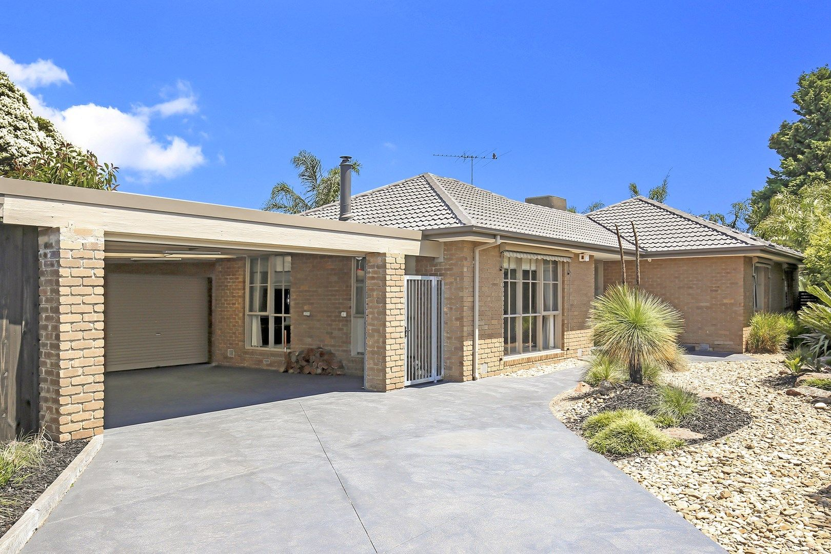 2 Tyrol Court, Epping VIC 3076, Image 0