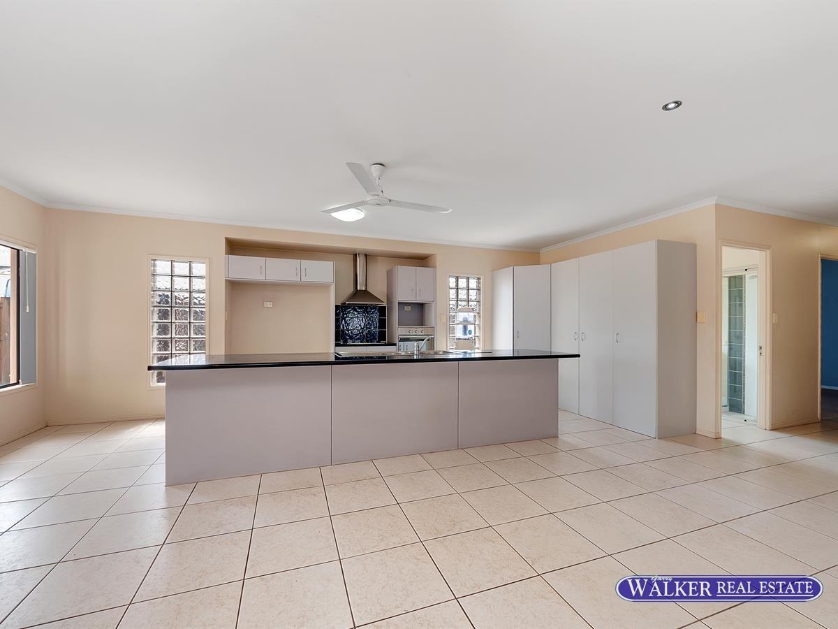 141 McFarlane Drive, Kanimbla QLD 4870, Image 2