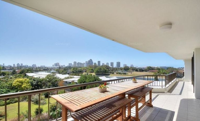 15/54 Hooker Boulevard, Mermaid Waters QLD 4218, Image 0