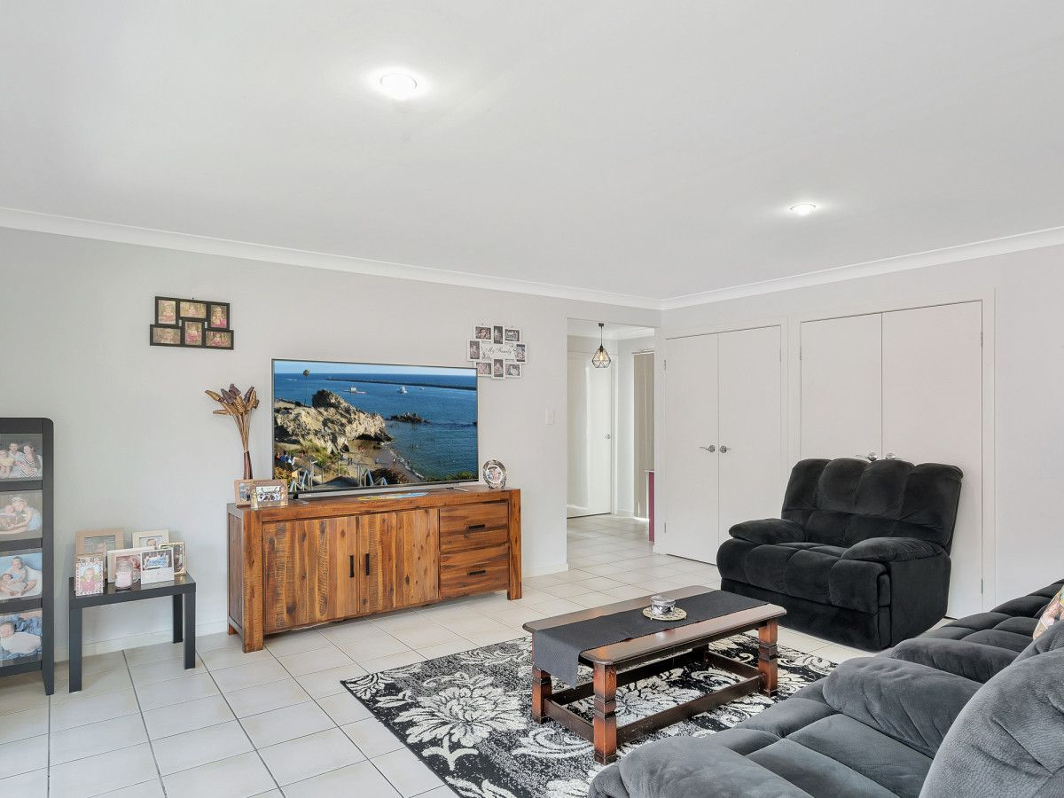 7 Norfolk Drive, Pacific Pines QLD 4211, Image 1