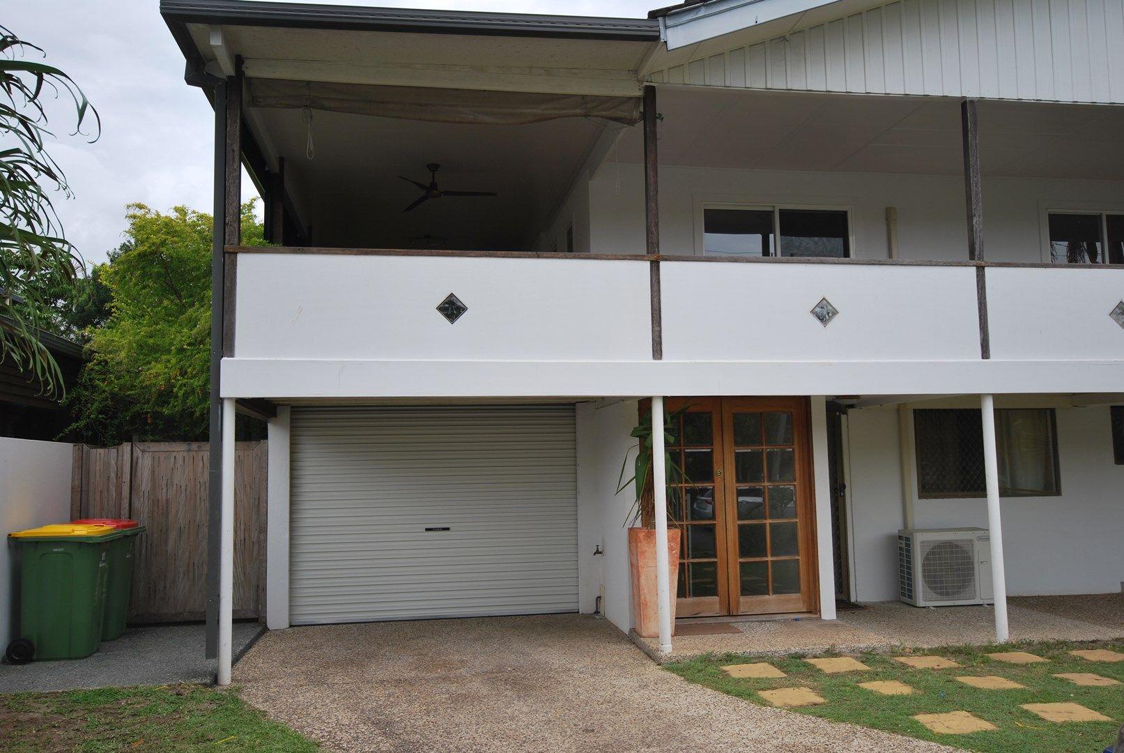 12 Tabilban Street, Burleigh Heads QLD 4220, Image 0