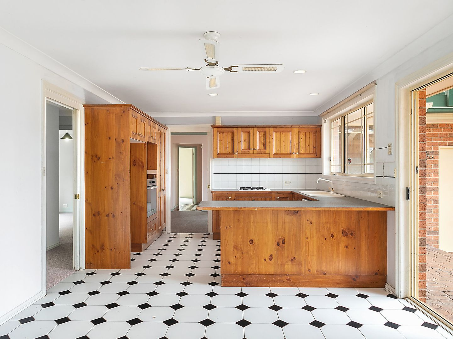 19 Oxley Crescent, Mollymook NSW 2539, Image 1