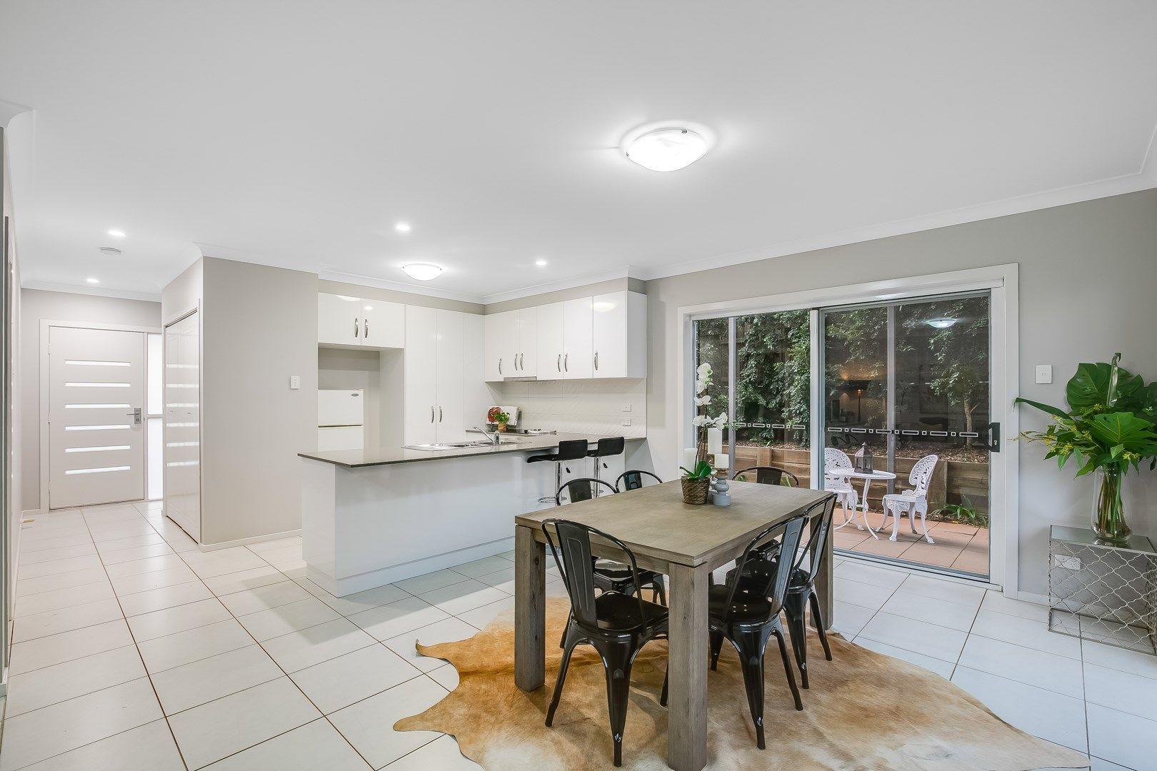 2/5 Messines Street, Harlaxton QLD 4350, Image 0