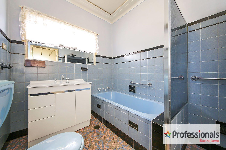 6 Waruda Street, Bankstown NSW 2200, Image 2