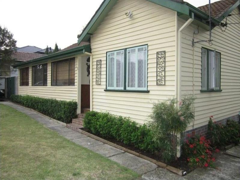 1 Burke Street, Chifley NSW 2036, Image 0