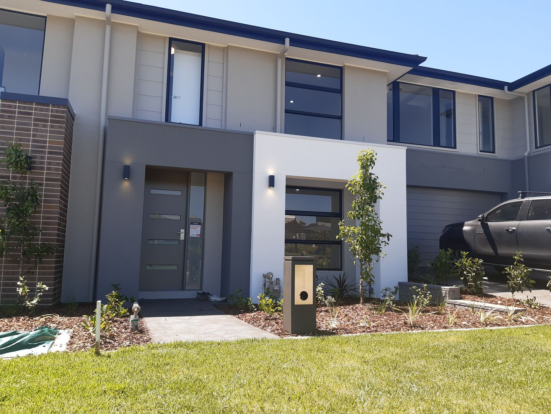 3 Beaumont Crescent, Oran Park NSW 2570, Image 1