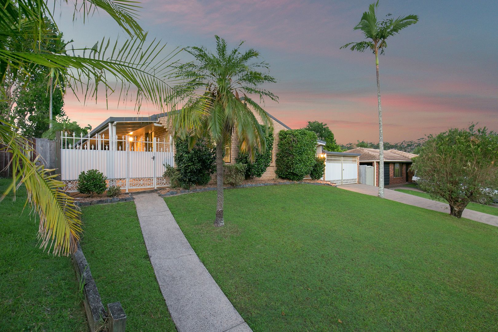 56 Brentwood Drive, Daisy Hill QLD 4127, Image 2