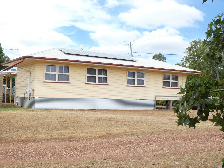 27 Warra Street, Jandowae QLD 4410, Image 2