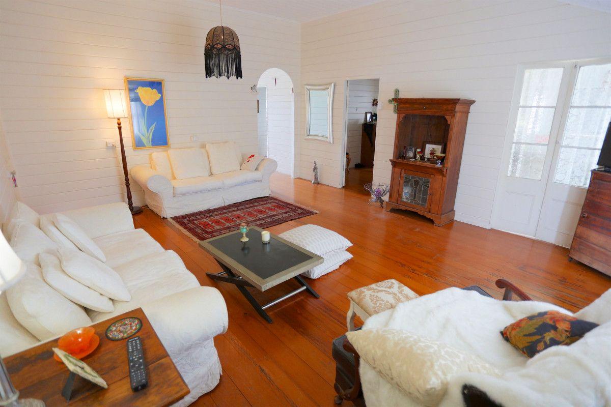 19 Granville Street, Emu Park QLD 4710, Image 2